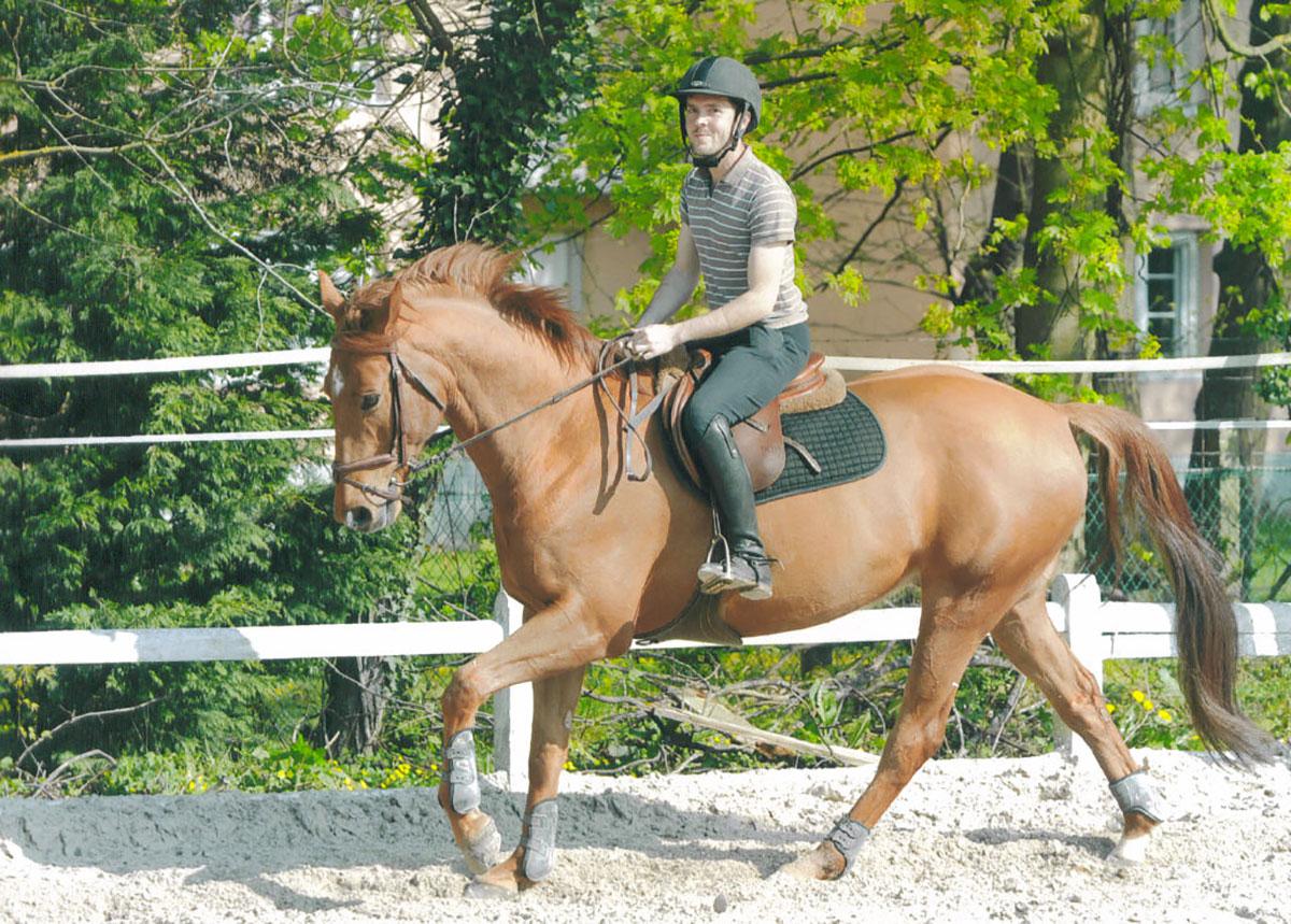 Le centre équestre, Le Cavaletti Nivernais vous propose des cours d'équitation près de Nevers dans la Nièvre